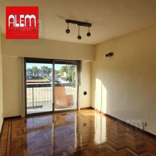 "Foto Departamento en Alquiler en  Lomas de Zamora Oeste,  Lomas De Zamora  Portela al 349 ""2F"""