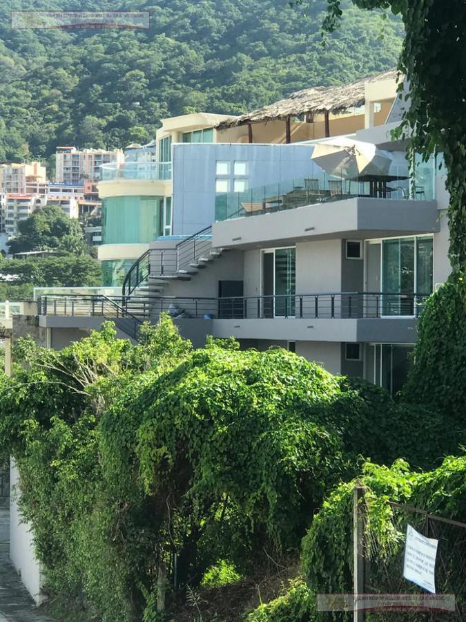 Foto Casa en Venta | Renta en  Fraccionamiento Joyas de Brisamar,  Acapulco de Juárez  NEBLINA