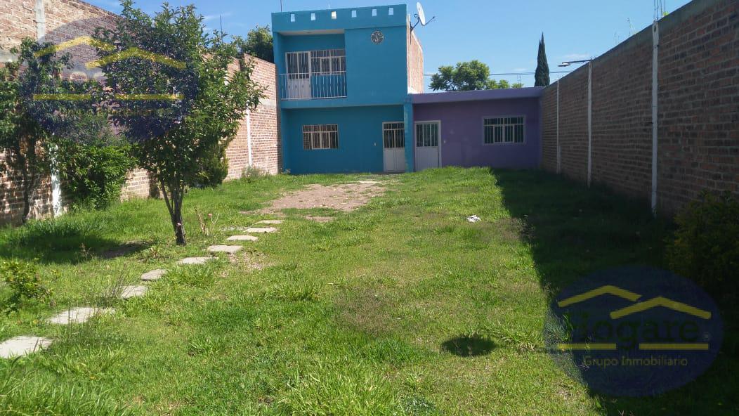 Casa en venta  En la  Joya  casa en león gto jardín amplio.