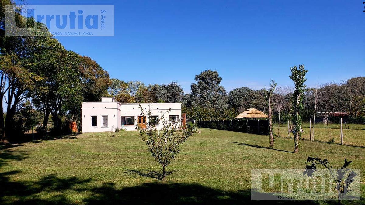 Foto Quinta en Venta en  Pontevedra,  Merlo  Peña al 2100
