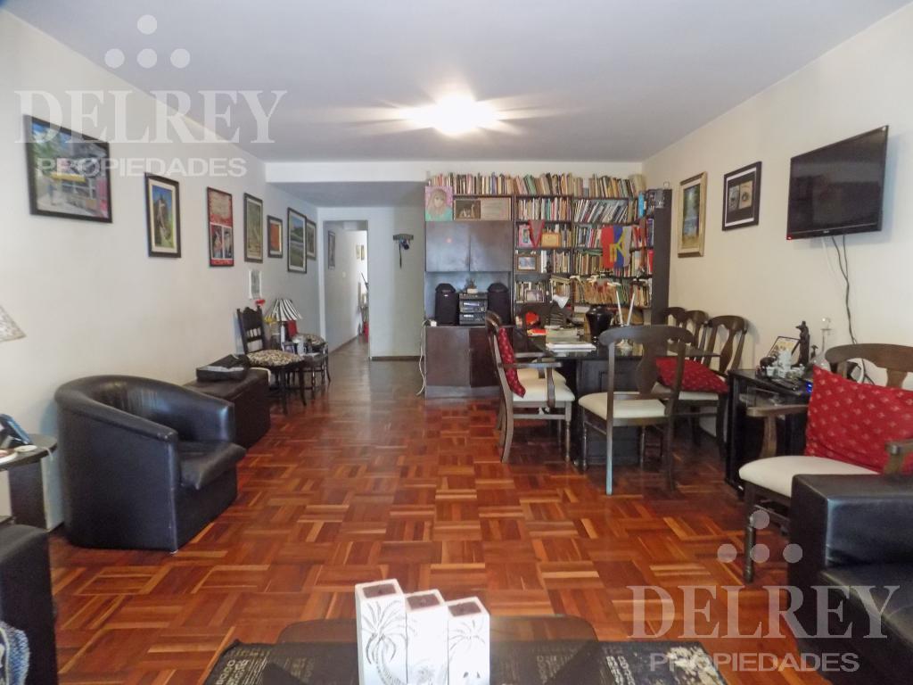 Foto Departamento en Venta en  Pocitos ,  Montevideo  Pereira y Chucarro Aprox