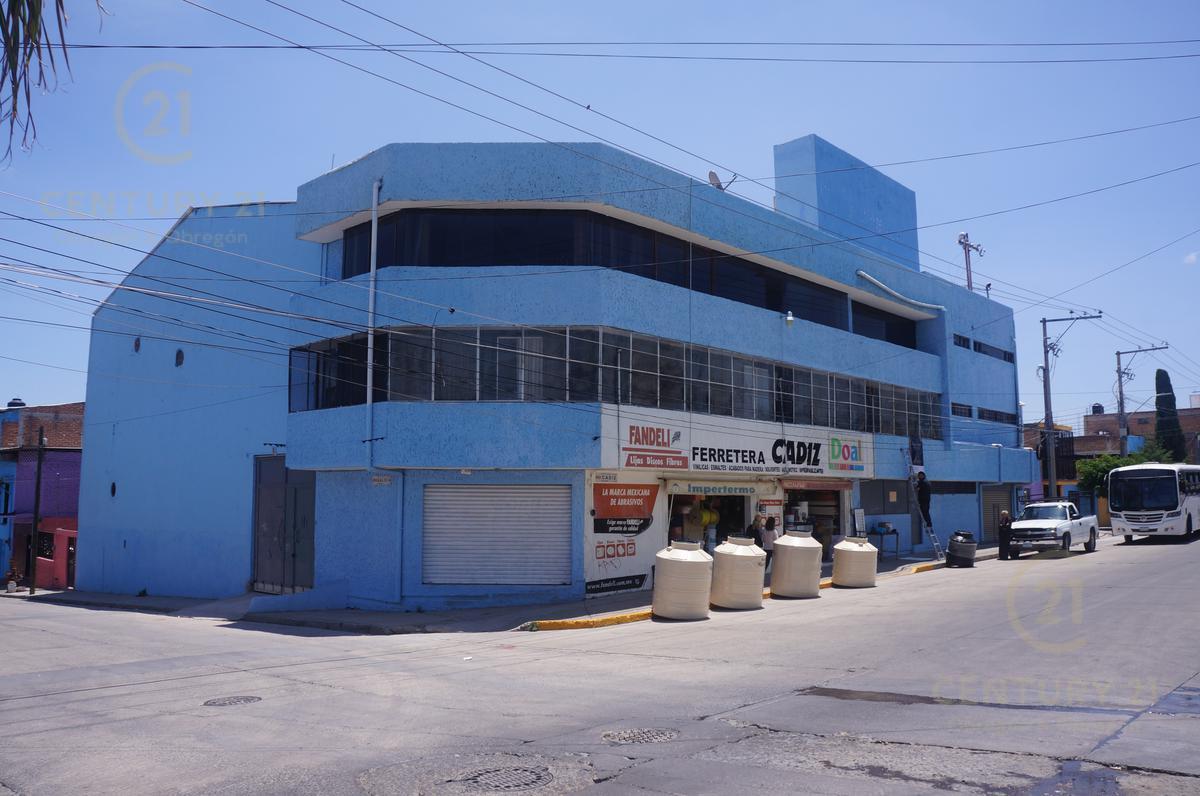 Foto Bodega Industrial en Renta en  España,  León  España