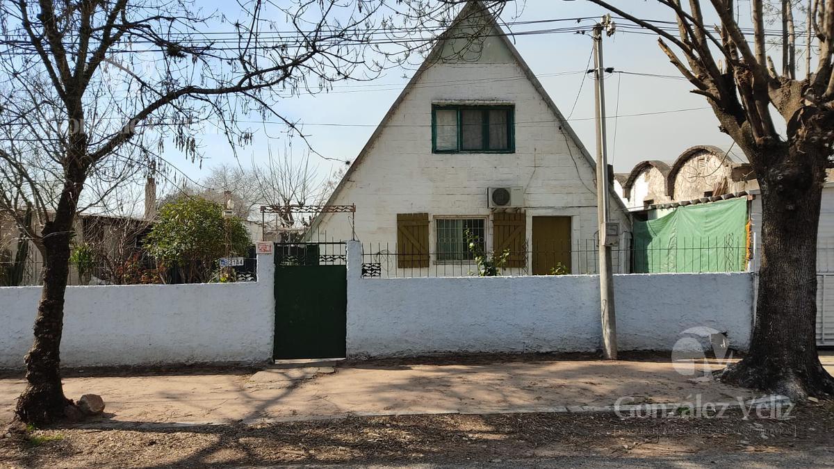 Foto Casa en Venta en  Carmelo ,  Colonia  25 de agosto y buenos aires