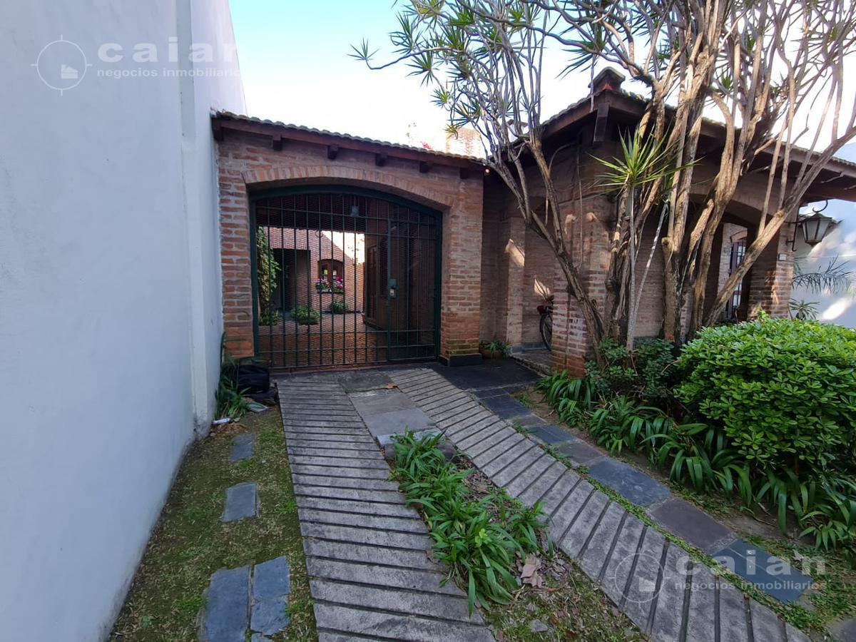 Foto Casa en Venta en  Villa Urquiza ,  Capital Federal  Barzana al 1200, CABA