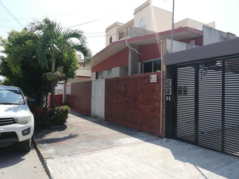 Foto Casa en Venta en  Reforma,  Veracruz  entre Cristobal Colón y Washinton