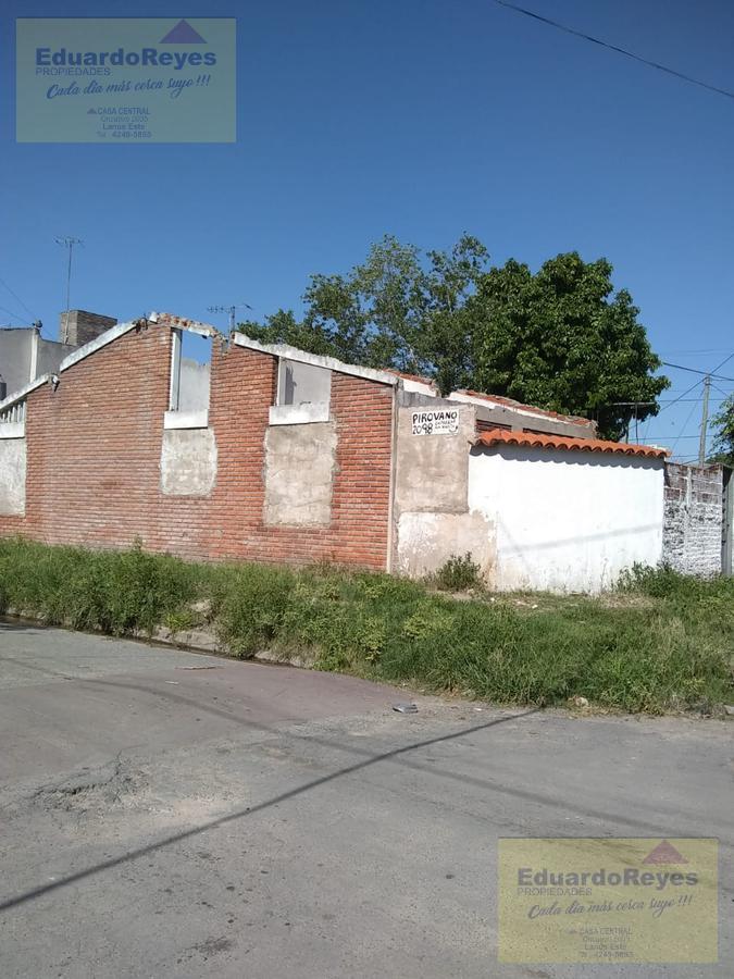 Foto Terreno en Venta en  Lanús Este,  Lanús  PIROVANO 2098, ESQ. MARGARITA WEILD