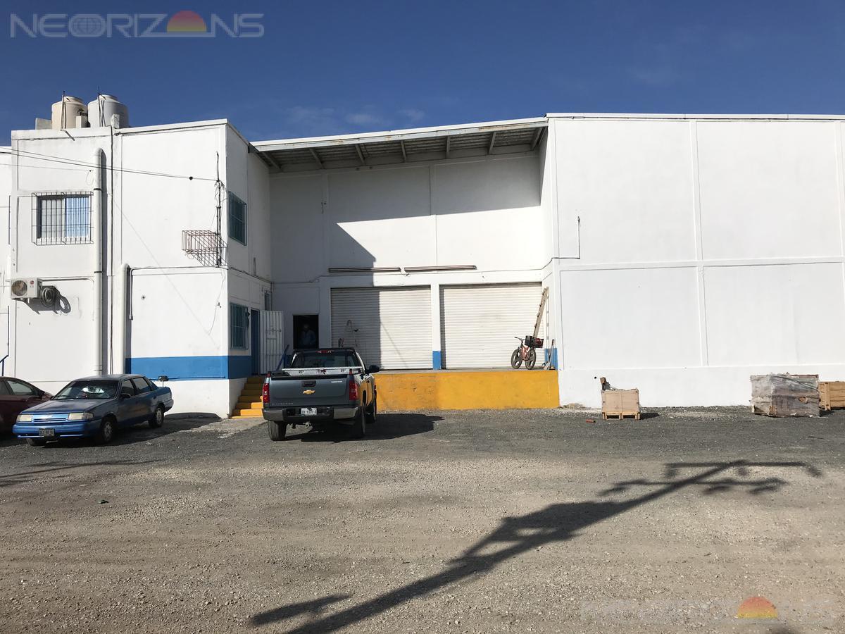 Foto Bodega Industrial en Renta en  Tampico ,  Tamaulipas  Bodega En Renta Con Patio De Maniobras en Fracc. Comercial Fimex