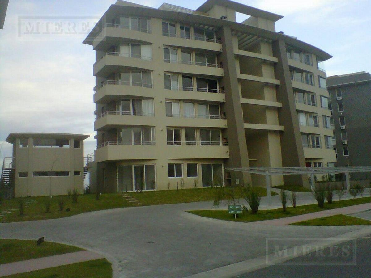 Departamento - Del Lago Condominium