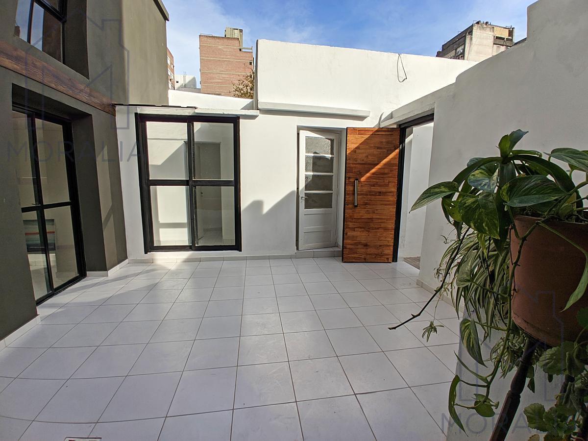 Foto Casa en Venta en  Centro,  Rosario  San Juan 1929 - Casa de pasillo