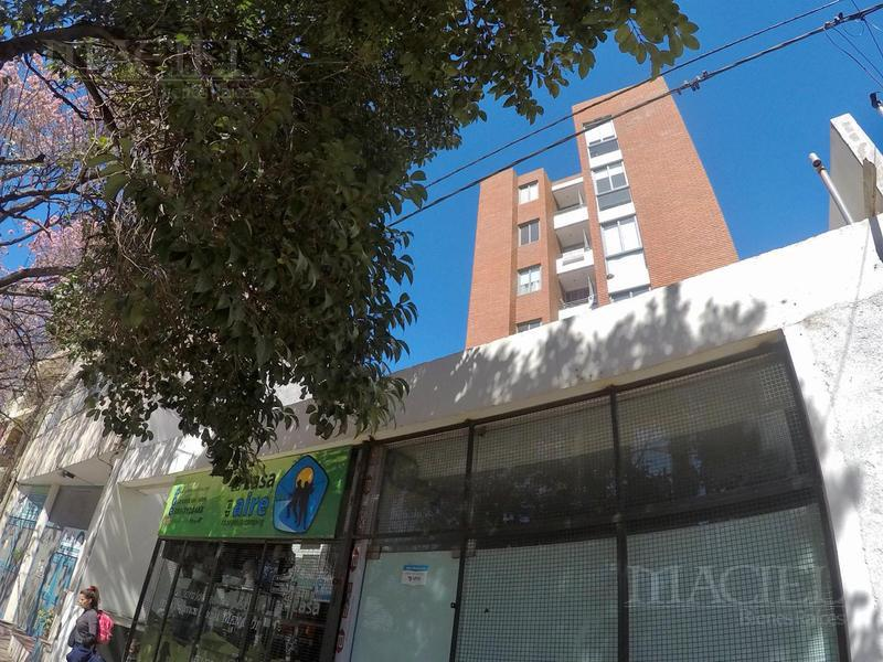 Foto Departamento en Venta en  Alto Alberdi,  Cordoba  Venta depto 2 dormitorios,  frente c/ Balcón  s/ Duarte Quiros!