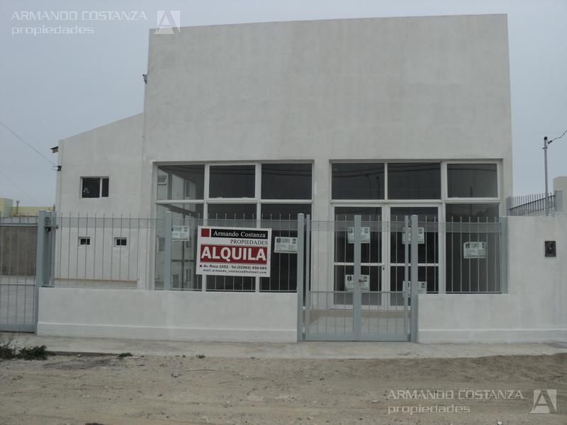 Foto Local en Alquiler en  Puerto Madryn,  Biedma  CARRERAS 1332