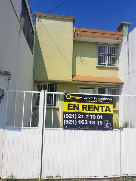 Foto Casa en Renta en  Fraccionamiento La Victoria,  Coatzacoalcos  Casa en Renta, Ópalo, Frac. La Victoria