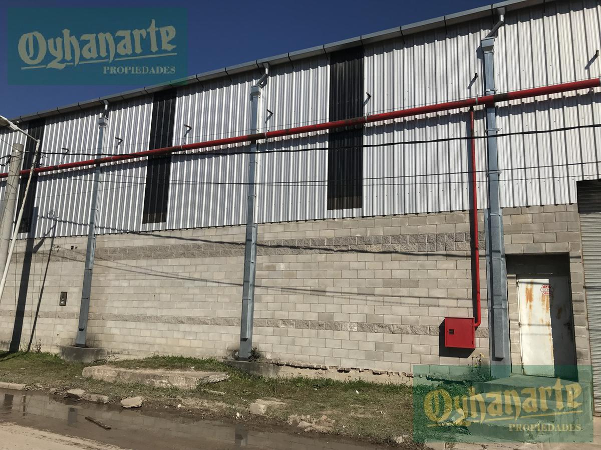 Foto Depósito en Alquiler en  Moron ,  G.B.A. Zona Oeste  Valentin Gomez al 1500