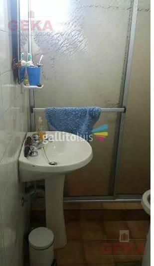 Foto Apartamento en Venta en  Tres Cruces ,  Montevideo  Av rivera al 2200