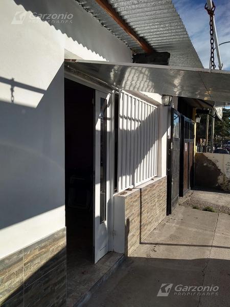 Foto Casa en Venta en  Trelew ,  Chubut  Pellegrini al 1600