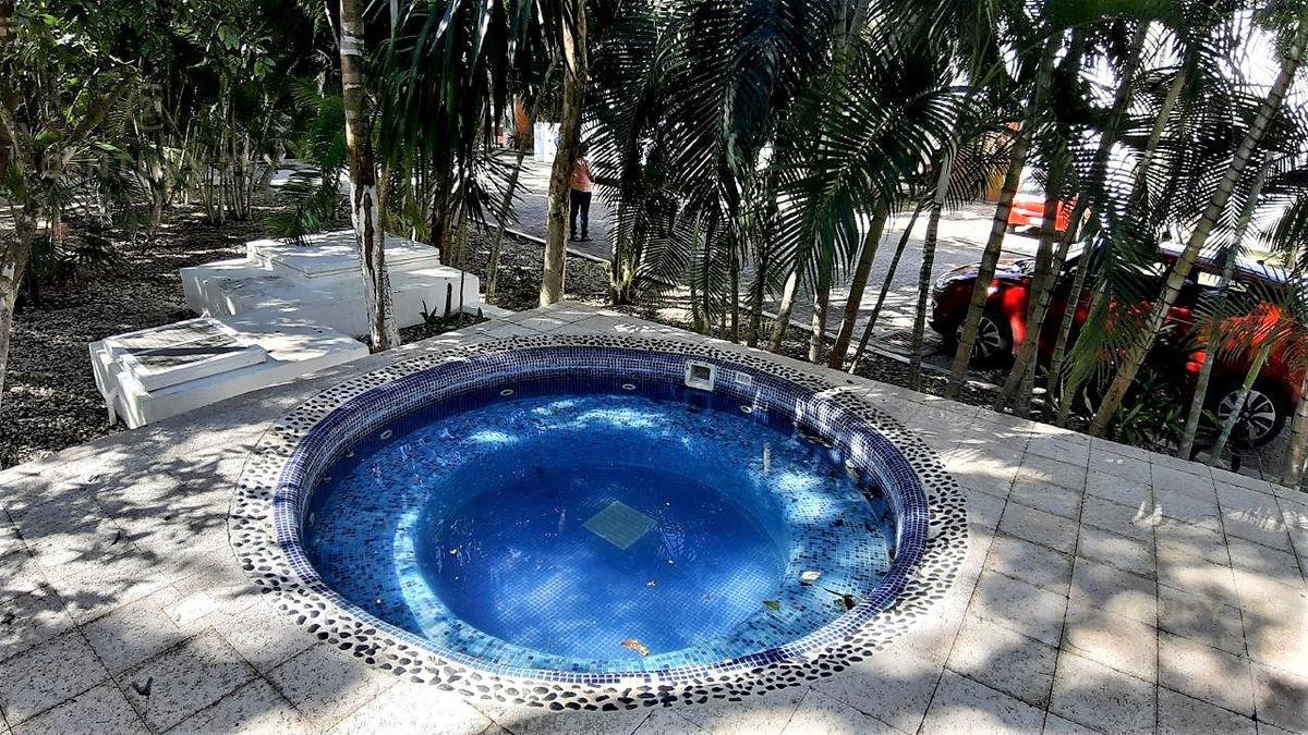 Fraccionamiento Playacar Fase II House for Sale scene image 37