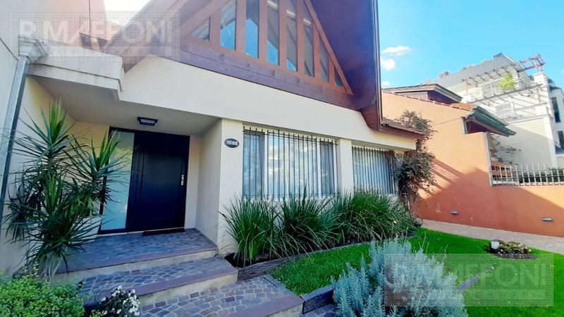 Foto Casa en Venta en  Adrogue,  Almirante Brown  Nother al 1000