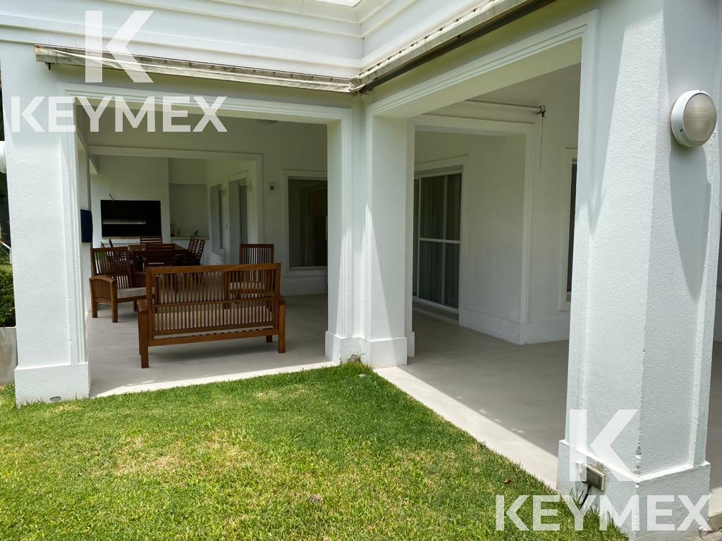Foto Casa en Alquiler en  Abril Club De Campo,  Countries/B.Cerrado (Berazategui)  Casa equipada  en alquiler en Country Abril
