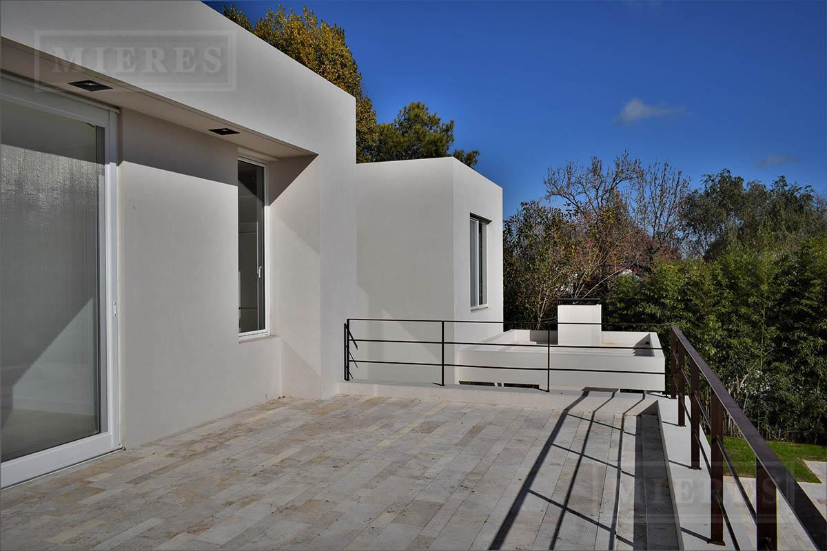 Casa de 426 mts2 en  Tortugas C.C