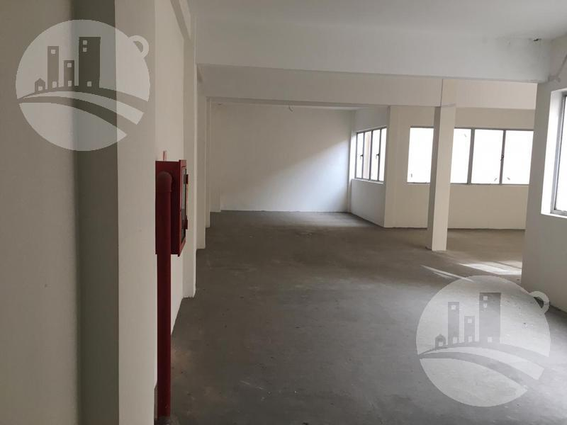 Foto Edificio Comercial en Venta en  Balvanera ,  Capital Federal  Edificio comercial con local 4.559 Mts2
