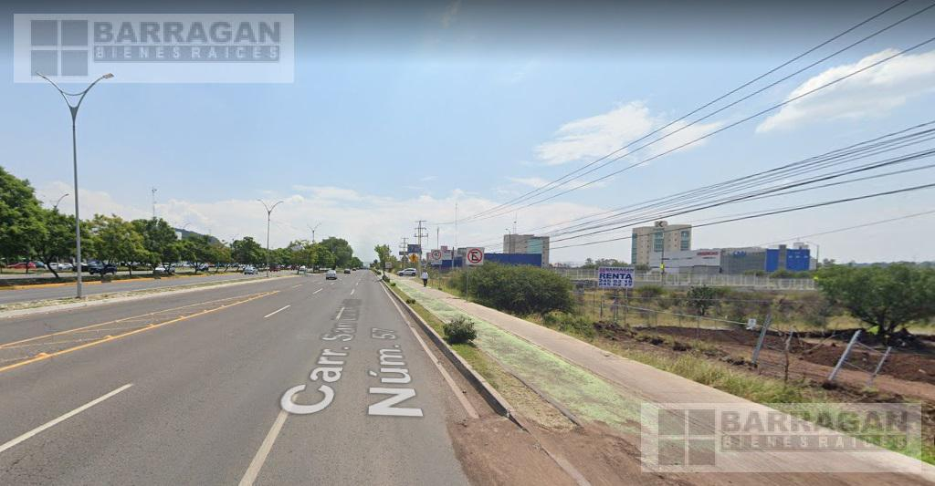 Foto Terreno en Renta en  Juriquilla,  Querétaro  Terreno Comercial en Renta Paseo de la República