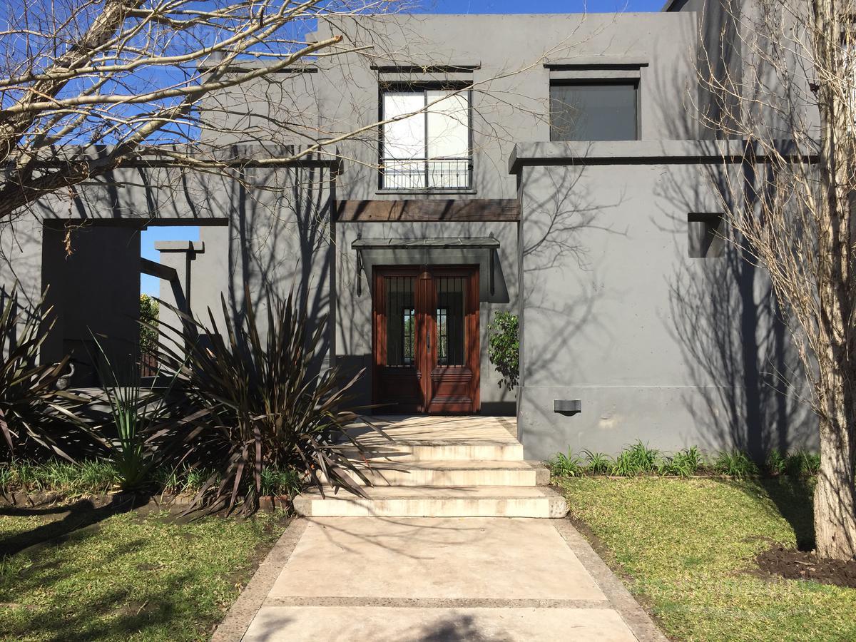 Foto Casa en Venta |  en  Santa Clara,  Villanueva  Barrio Santa Clara