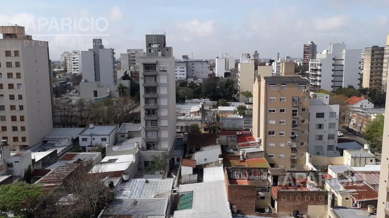 Foto Departamento en Venta en  La Plata ,  G.B.A. Zona Sur  60 Entre 2 y 3