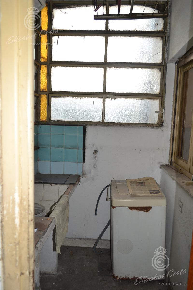 Foto Departamento en Venta en  Gerli,  Lanus  Hipolito Yrigoyen al 2300