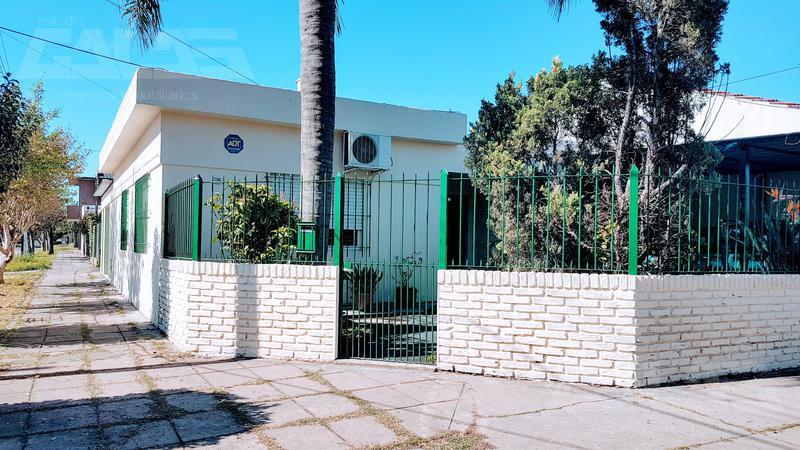 Foto Casa en Venta en  Ituzaingó Sur,  Ituzaingó  Deheza al 2200