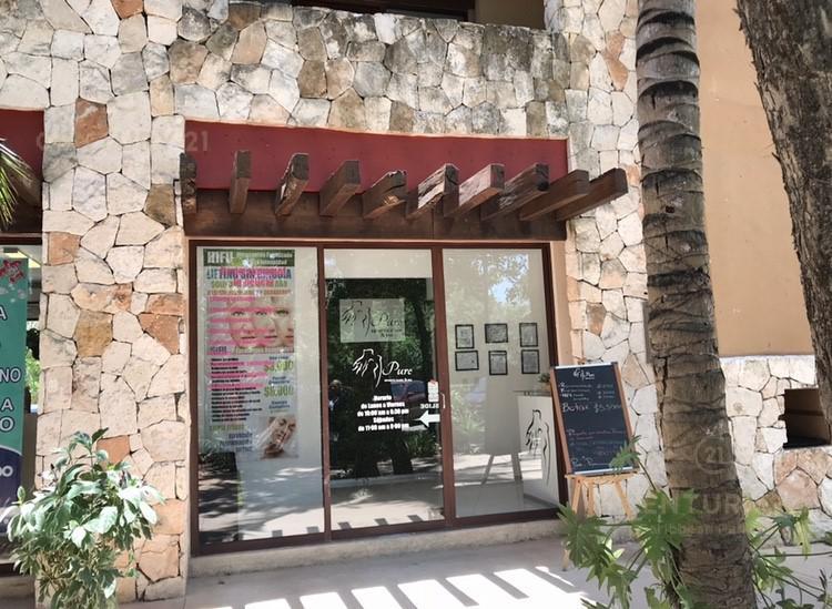 Foto Local en Venta en  Fraccionamiento Playacar Fase II,  Solidaridad  Venta local comercial Condominio Paseo Plaza Playacar, Playa del Carmen P3306