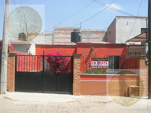 Foto Casa en Renta en  Vista Hermosa,  Tequisquiapan  En colonia tranquila