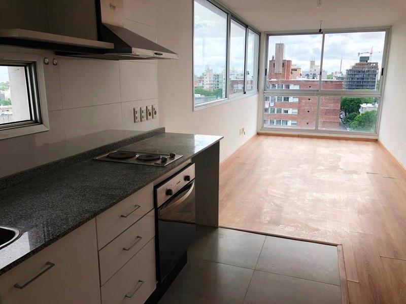 Foto Apartamento en Alquiler en  Pocitos ,  Montevideo  Obligado casi Av. Brasil
