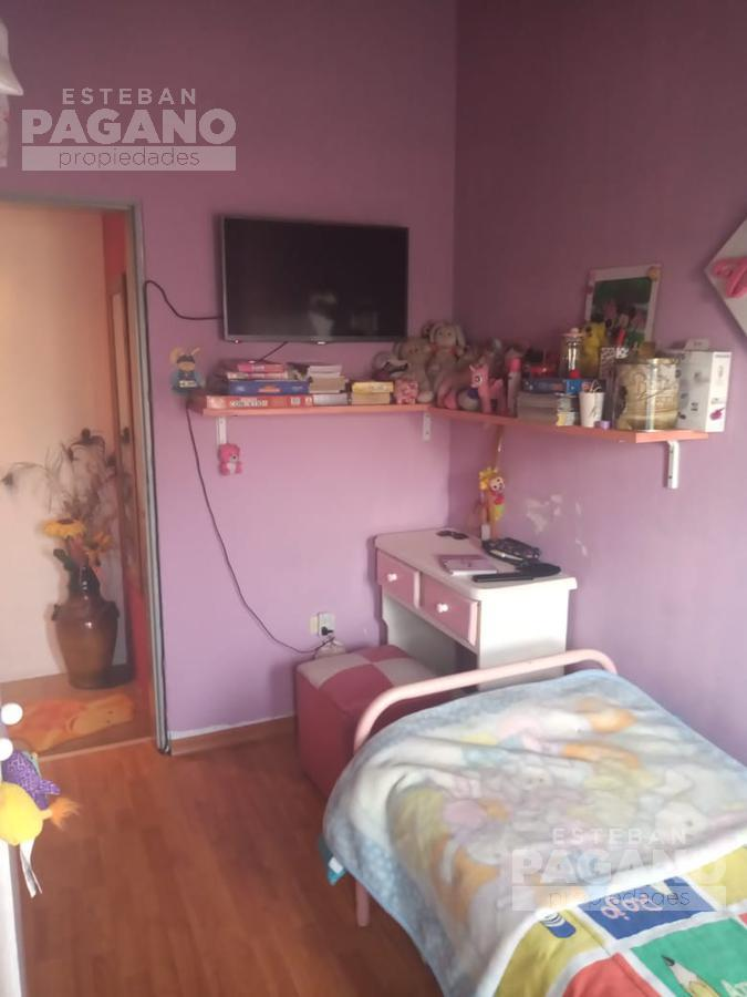 Foto Departamento en Venta en  La Plata ,  G.B.A. Zona Sur  80 2 y 3 N° 379  1/2