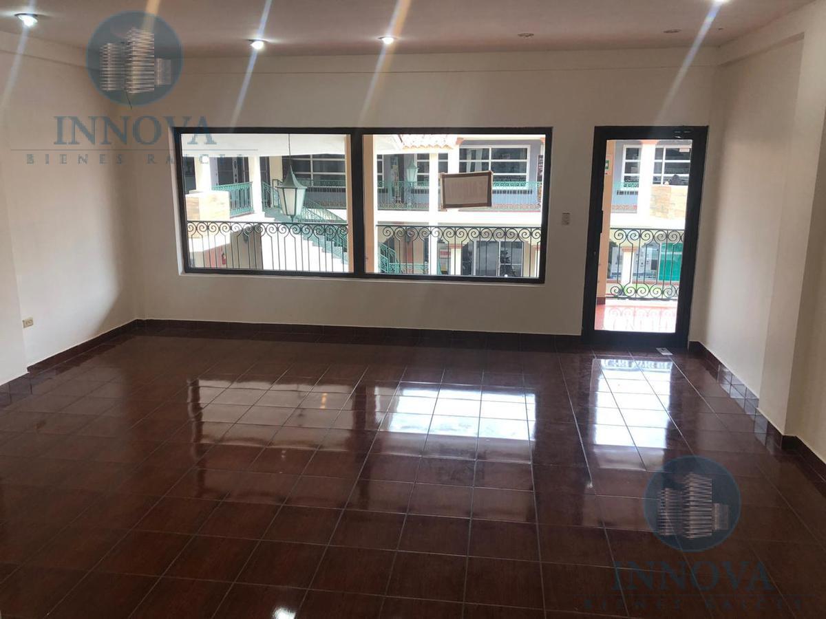 Foto Local en Renta en  Boulevard Morazan,  Tegucigalpa  Local Comercial Los Arcos 43 m2