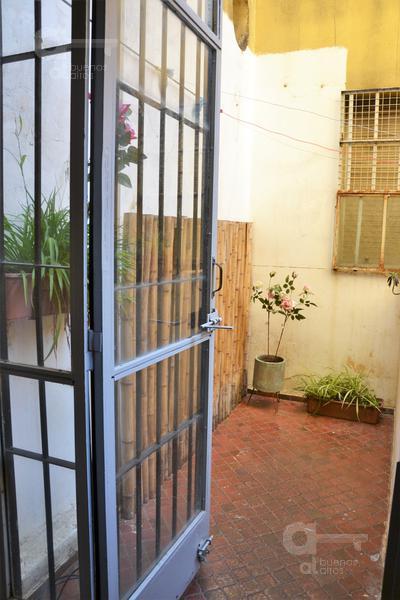 Foto Departamento en Venta en  San Telmo ,  Capital Federal  Av. Independencia al 400, entre Bolivar y Defensa