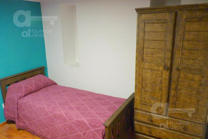 Foto PH en Alquiler temporario en  Recoleta ,  Capital Federal  Pueyrredon al 1100