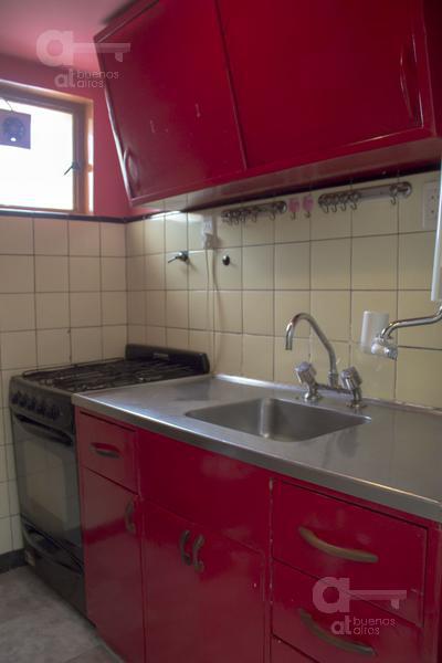Foto Departamento en Venta en  Monserrat,  Centro  Luis Saenz Peña al 400