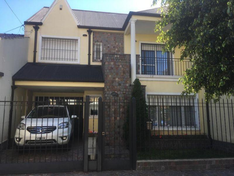 Foto Casa en Venta en  Ramos Mejia,  La Matanza  Alvear 378