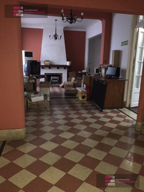 Foto Local en Venta en  La Plata ,  G.B.A. Zona Sur  58 10 y 11