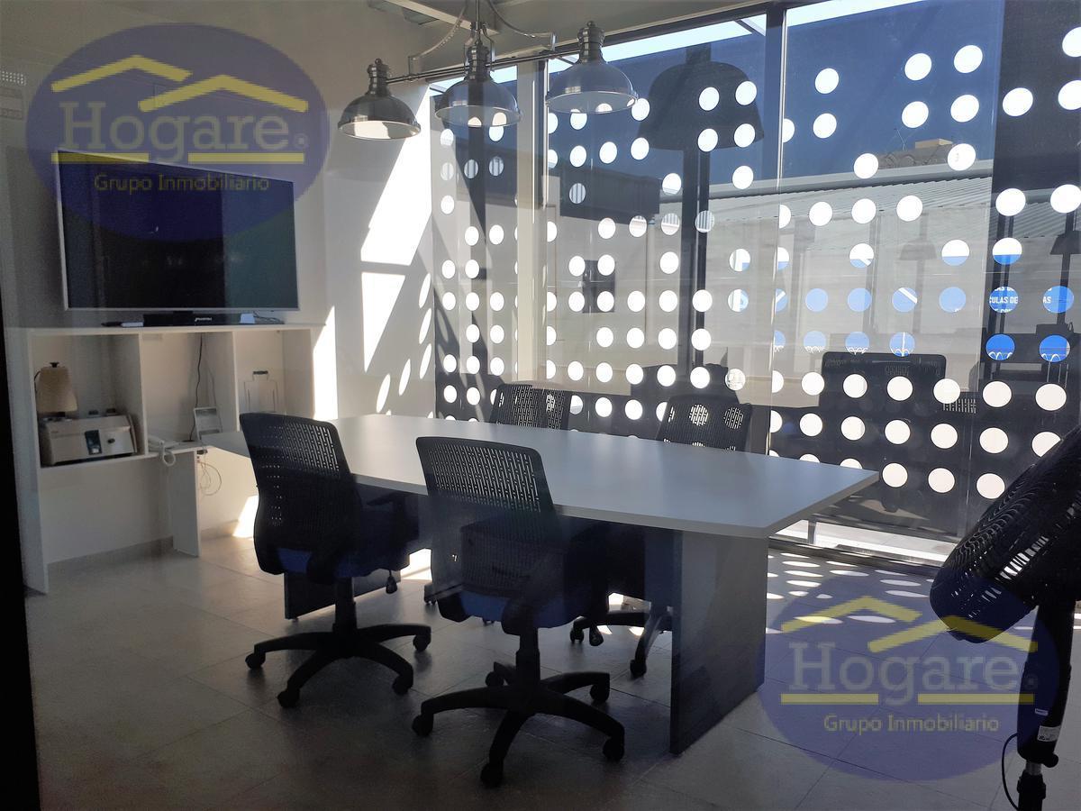 Bodega comercial y Oficinas en renta colonia Obregon León Gto.