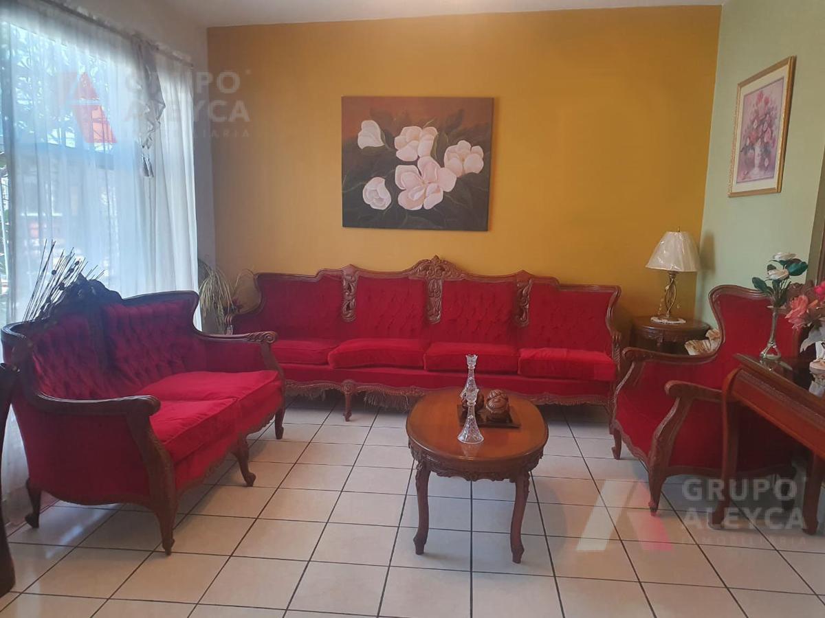 Foto Casa en Renta en  Chihuahua ,  Chihuahua   COLONIA PANORAMICO