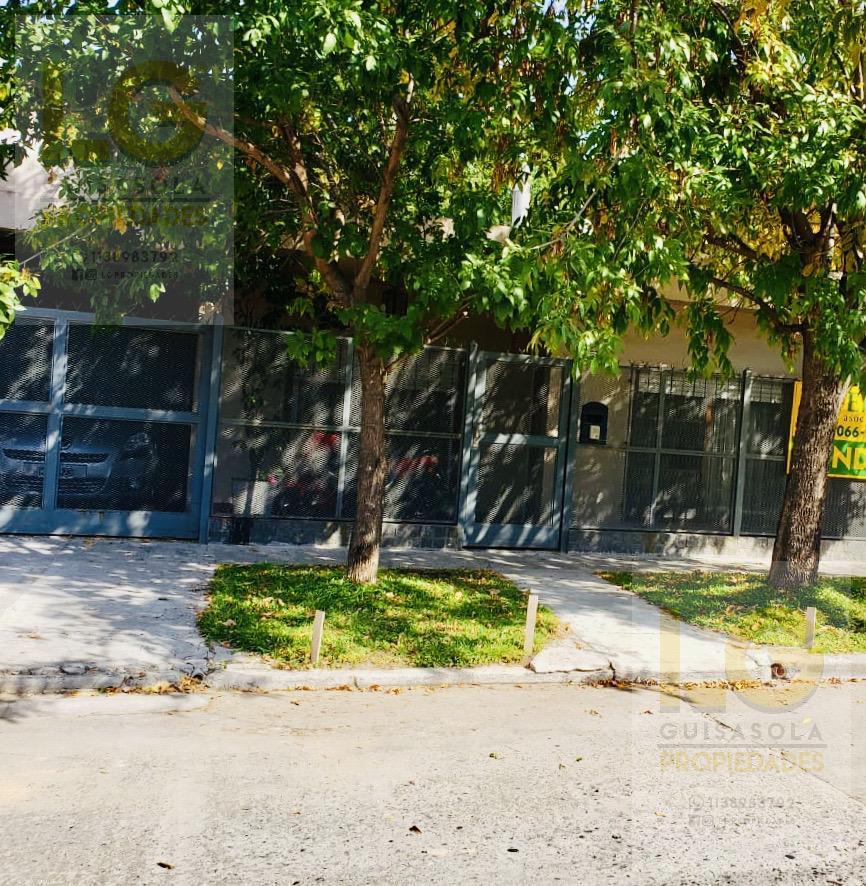 Foto Casa en Venta en  Quilmes Oeste,  Quilmes  Madame Curie 2400
