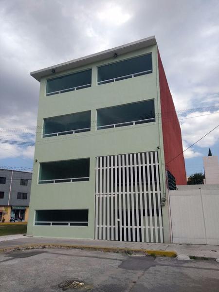 Foto Edificio Comercial en Venta | Renta |  en  Santa Elena,  San Mateo Atenco  Santa Elena