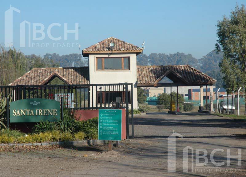Foto Terreno en Venta en  Santa Irene,  Countries/B.Cerrado (Lujan)  Lote en venta ubicado en Comarcas. Barrio Santa Irene - Luján