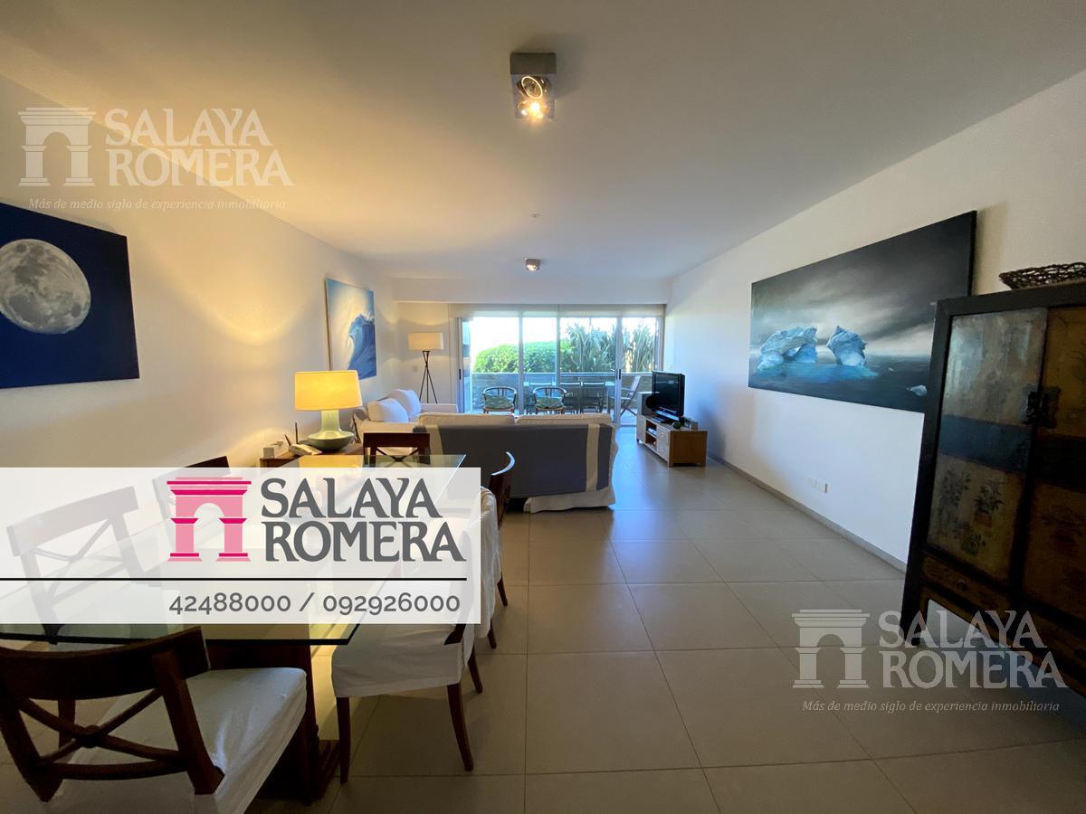 Foto Departamento en Venta en  Playa Brava,  Punta del Este  Venta y  alquiler apartamento de  3 dormitorios 3 baños a metros de Playa Brava, Punta del Este
