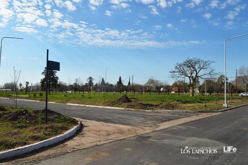 Foto Terreno en Venta en  Capital Federal ,  Capital Federal  Los Lapachos - Perez al 100