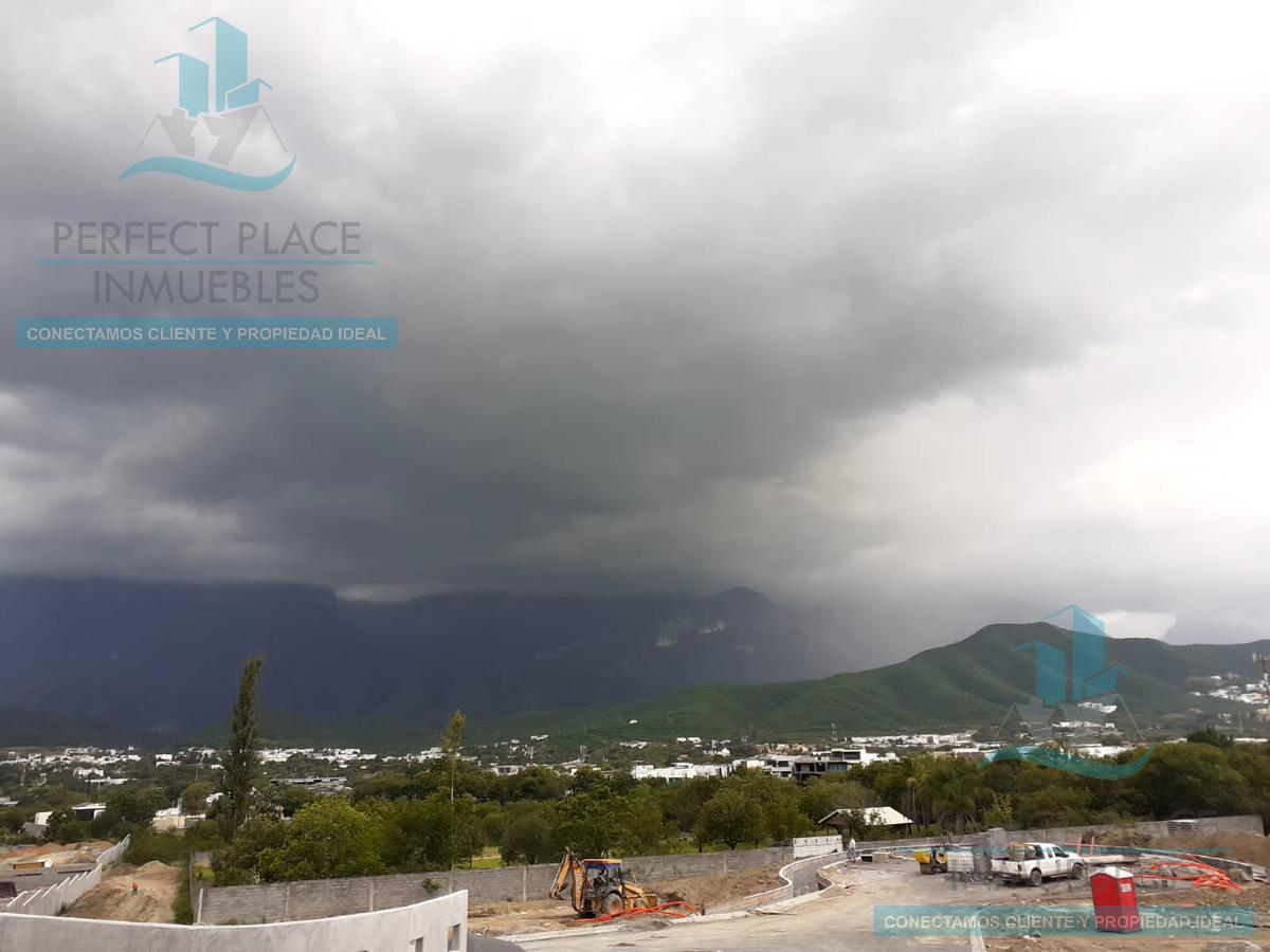 Foto Terreno en Venta en  Monterrey ,  Nuevo León  TERRENOS EN VENTA EN EL SUR DE MONTERREY, N.L.