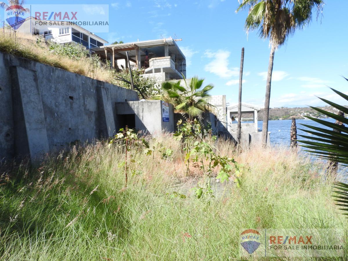 Foto Terreno en Venta en  Pueblo Tequesquitengo,  Jojutla  Venta de terreno con acceso al Lago de Tequesquitengo…Clave 3058