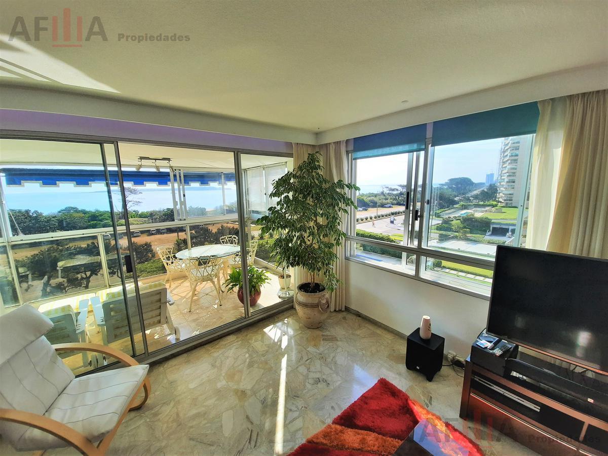 Foto Apartamento en Venta en  Playa Mansa,  Punta del Este  Rambla Williman y Miami