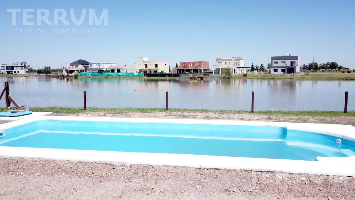 Foto Casa en Venta en  San Lucas ,  Countries/B.Cerrado (San Vicente)  VENTA DE CASA EN CANNING : SAN LUCAS